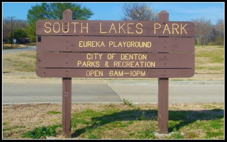 South lakes park in Denton sign