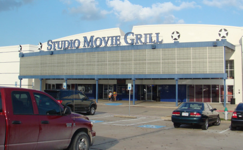 Studio Movie Grill Lewisville