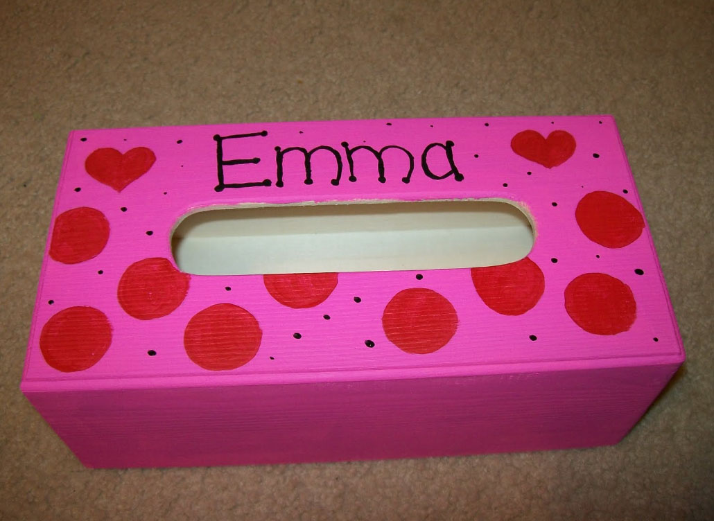 valentine's day mailbox with shoe box