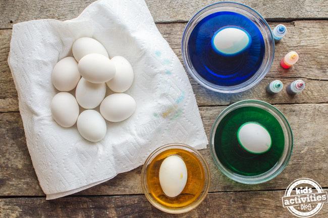 comment teindre les oeufs de pâques