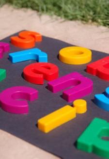 DIY Preschool sunbleach puzzle