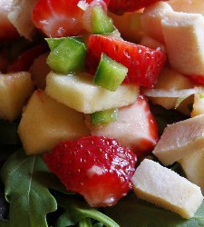 strawberry salsa chicken salad…yum