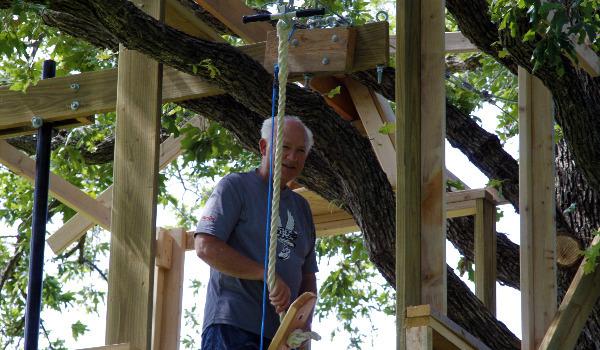 tree house with zipline