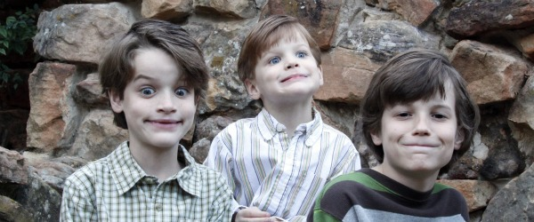 How to take the perfect Christmas card photo of your kids