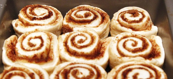 cinnamon rolls ready for oven