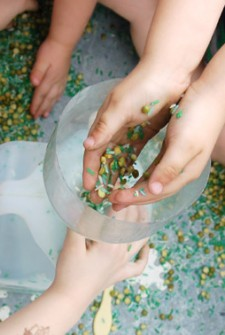 Sensory tub Rice activities