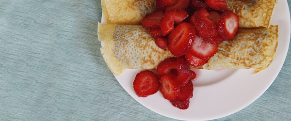Nutella crepes with bananas and strawberries