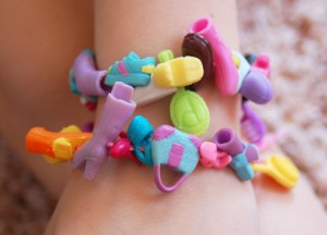 Polly pocket bracelet craft