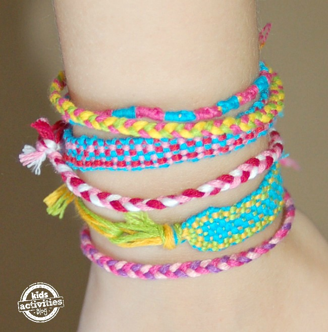 DIY Bracelet Loom - Make Friendship Bracelets