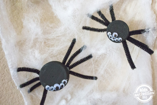 Halloween Bottle Cap Spiders