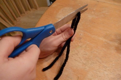 cutting pipe cleaner