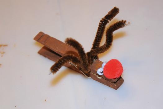 reindeer clothespin