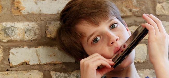 reid and harmonica