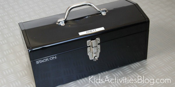 tool chest to store toys