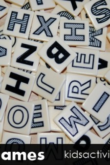 Literacy Game for Kids: Bananagrams!!! (and a giveaway)