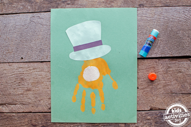 st patricks day handprint leprechaun craft