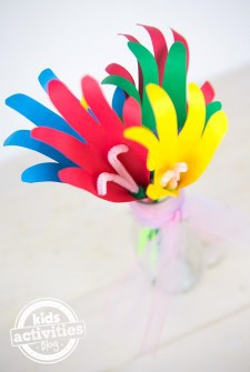 Mothers Day Craft: A Handmade Bouquet