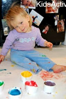 Finger Paint: Homemade Fun