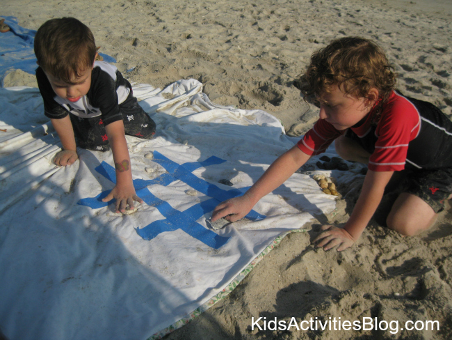 beach game tic tac toe