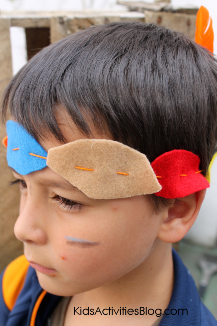 make a headband for a Thanksgiving activity