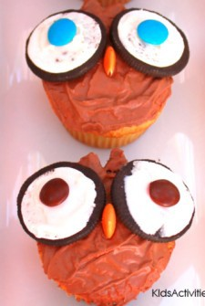 Adorable Owl Cupcakes Celebrate November Holidays
