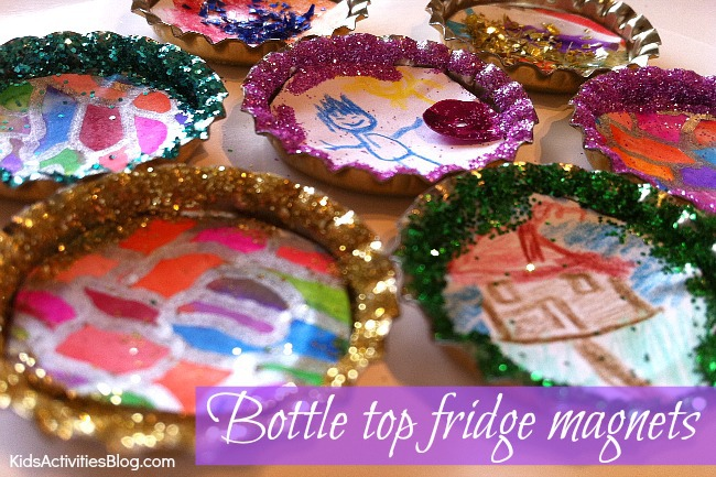 Homemade Christmas Gift} Art Magnets