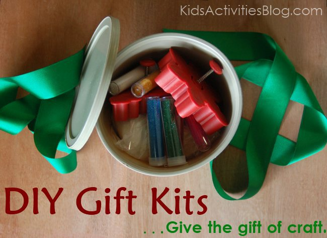 Make Gift Kits for the kids this year. This tub includes items commonly found in kitchens to make a sparkling salt dough kit.