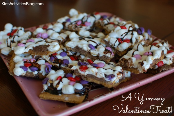 sweet treat for kids - Valentines Day Smores Bark
