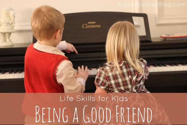 Here are some simple ways for teaching kids to be a good friend!
