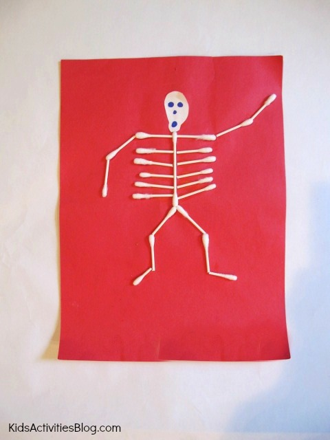 Teach the Human Body for Kids: Make a Skeleton Craft or Pretend with Creative Play