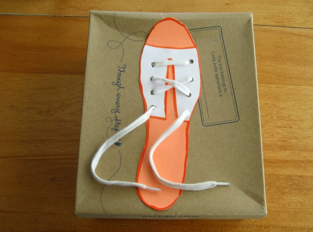 kab_shoe_tying_box_laces
