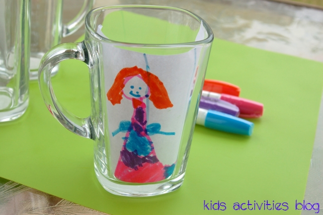 Dishwasher Safe Kids Art {Sharpie on a Mug}