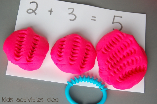 counting with playdough - easy preschool math game