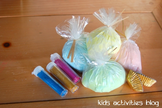 play dough gift idea - no cook play dough recipe