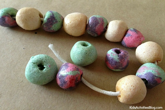 DIY Bracelet for kids: Kids can make a bracelet with salt dough!