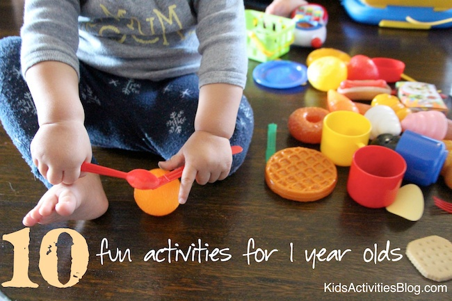Fun Activities for One Year Olds {10 Favorite}