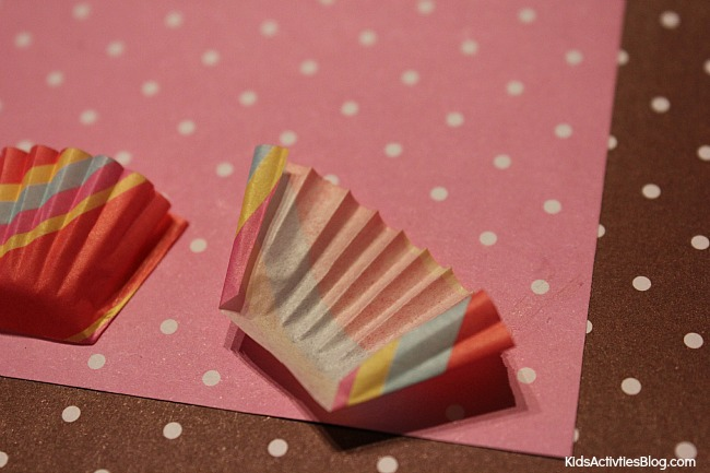 Cute {kid made} homemade birthday card is a great craft for kids