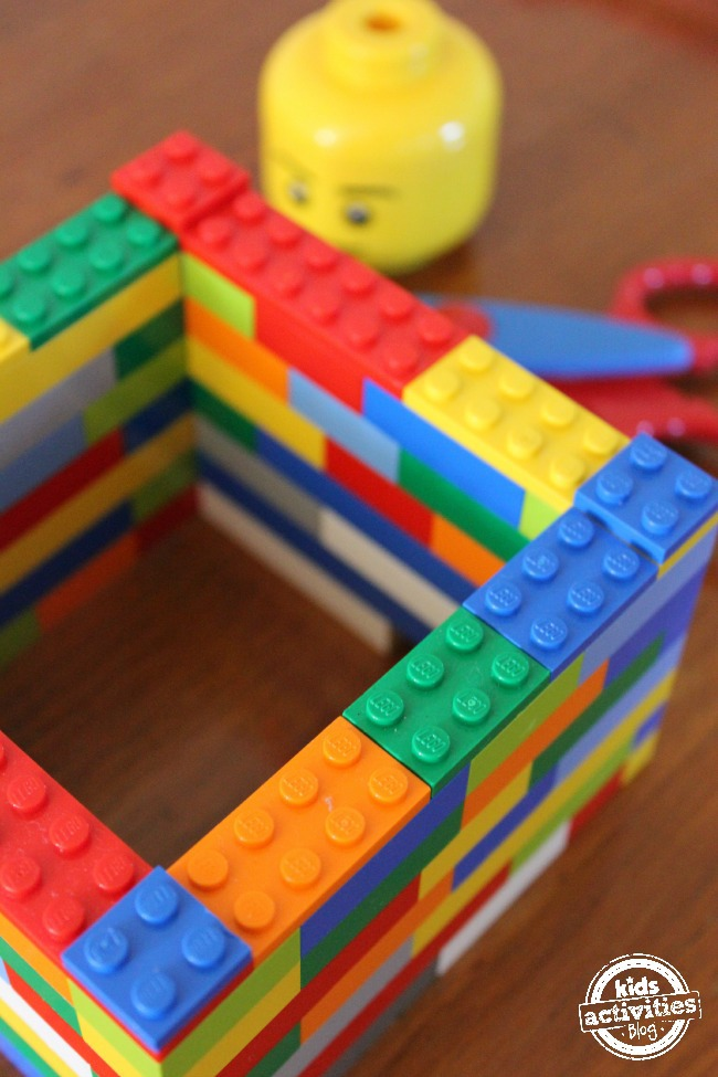 Pencil holder made from Lego