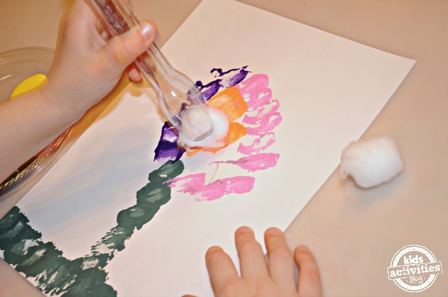 Preschool Paint Activity to strengthen Pincer grip