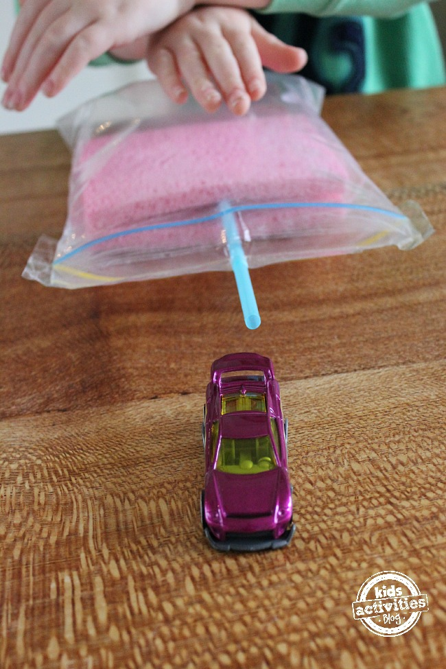 Game to demonstrate air pressure - car ziploc bag experiment