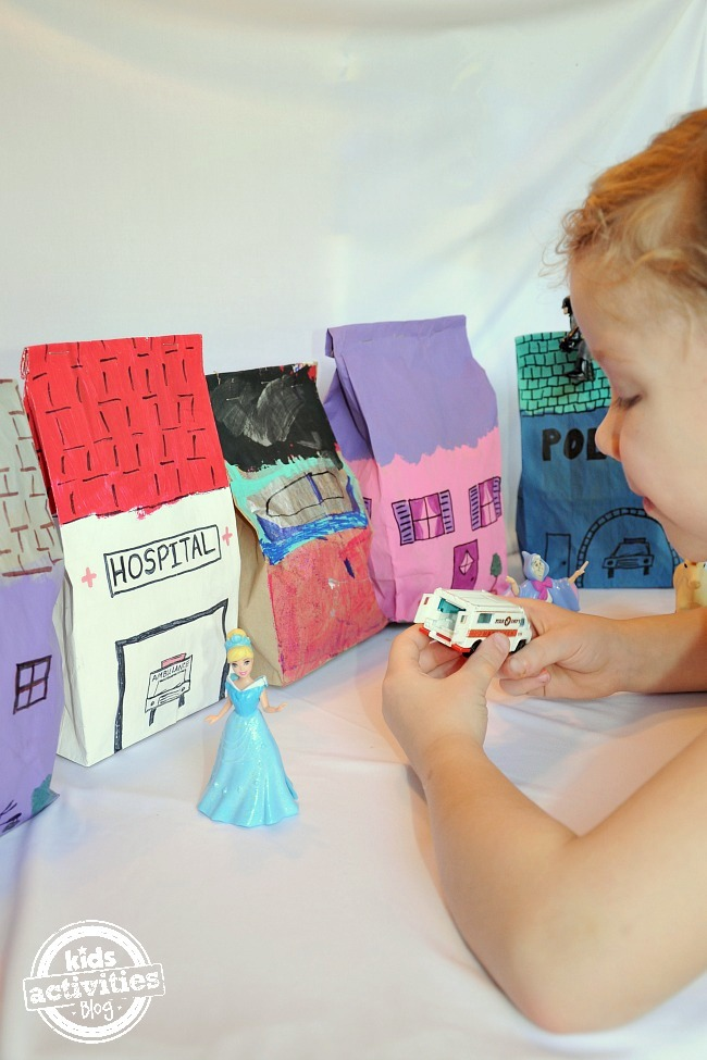 Make a Pretend City from Kids Activities Blog