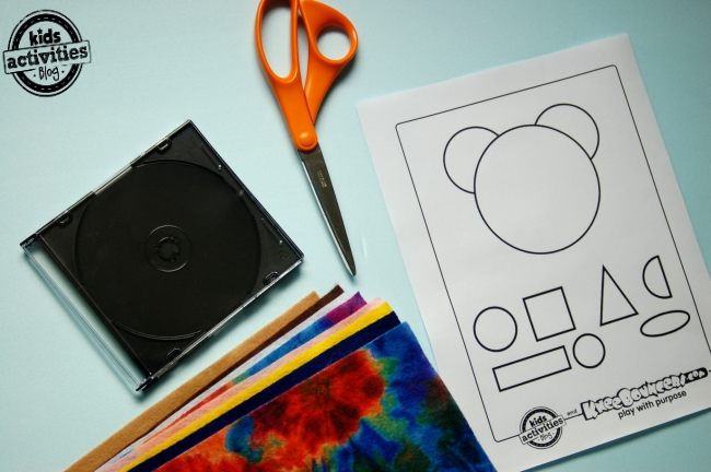 Learn your shapes with a quiet felt board