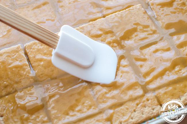 Valentine's Day S'mores Bark Dessert Recipe