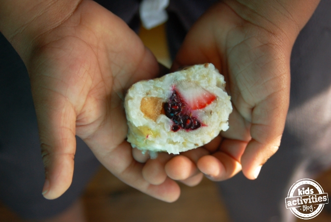DIY Fruit sushi, frushi.