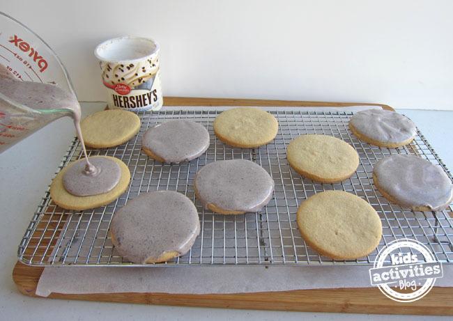 Frosting Garden Stone Cookies