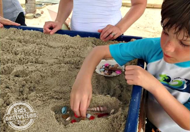 sand casting at the beach - Kids Activities Blog