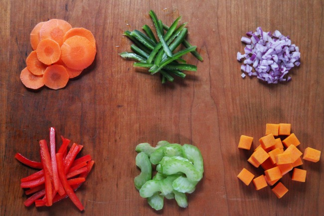 Free Knife Skills Class from Craftsy - Kids Activities Blog
