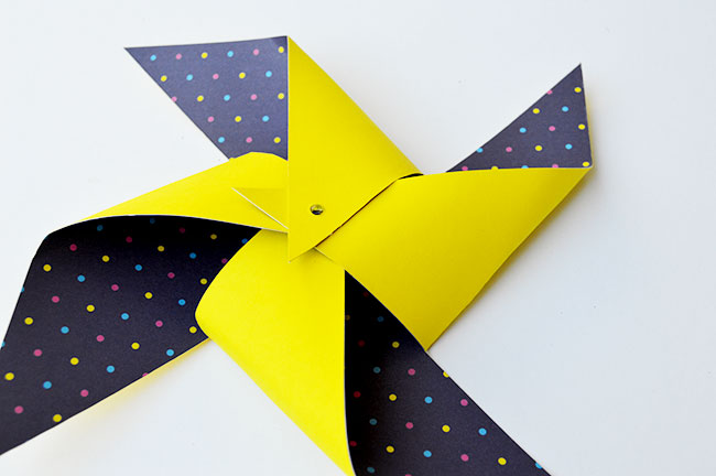 quick n easy giant paper pinwheels