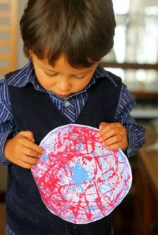 Memorial Day Craft for Kids: Fireworks Marble Painting