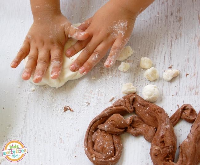 Summer play ideas - peppermint patty play dough